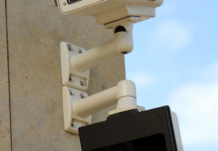 Buying a home security system what happens now for Buy house alarm system